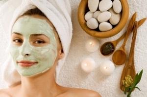Masker Alami Untuk Mengatasi Wajah Berjerawat